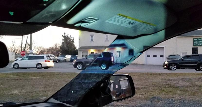 車の死角をなくす斬新なシステムを14歳少女が発明。母親の運転中のトラブルがヒントに