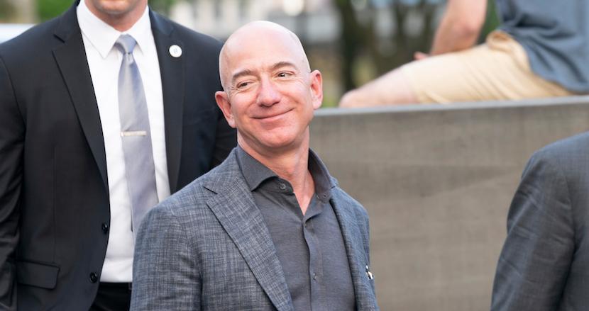Amazonジェフ・ベゾスの携帯ハッキングにサウジアラビアの皇太子が関与か?あなたの携帯も狙われているかもしれない