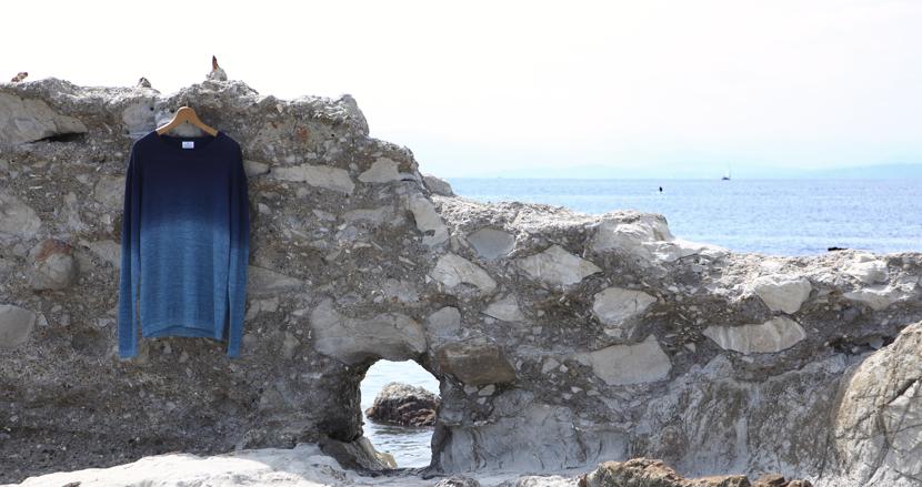 麻素材で秋まで着られる!「LANVIN en Bleu(ランバン オン ブルー)」の通気性のいい涼感サマーニット