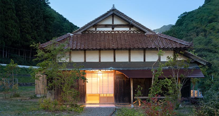 築100年、有名建築家の実家をリノベした島根の古民家宿『日貫一日』。開業後の反響を訊いてみた