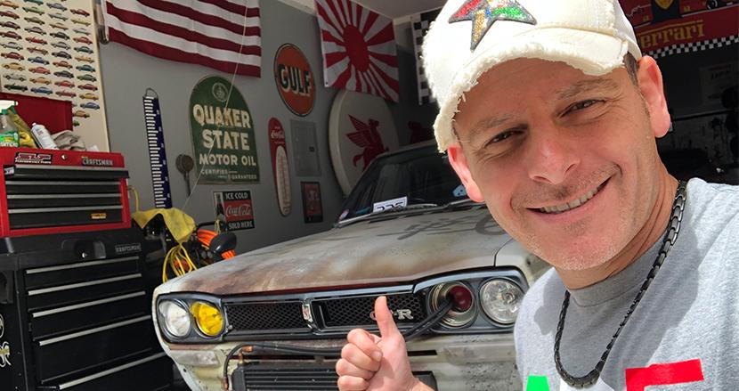 日本車にハマって日米の文化を発信。所ジョージ的ライフスタイルを謳歌するYouTuber「スティーブ的視点」に直撃取材!