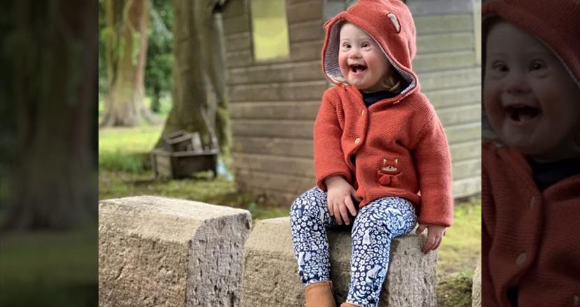 ダウン症の2歳女の子、高級子ども服ブランドのモデルに大抜擢!愛らしい笑顔で世界を包む