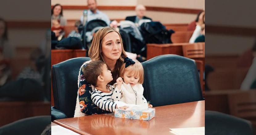 男女の赤ちゃんを養子に迎え入れたシングルマザー、2人が兄妹だったことが判明