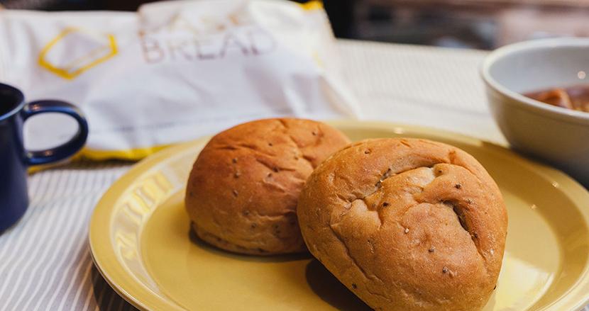 主食として食べるだけでOK!世界初「完全栄養パン」が発売開始。新市場に挑むベースフードの若き社長にあれこれ訊いてみた