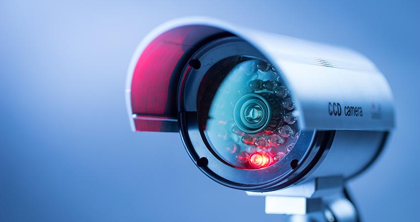 リモートワーク中の自宅に監視カメラの設置を強制。コールセンター最大手の新契約書に従業員激怒
