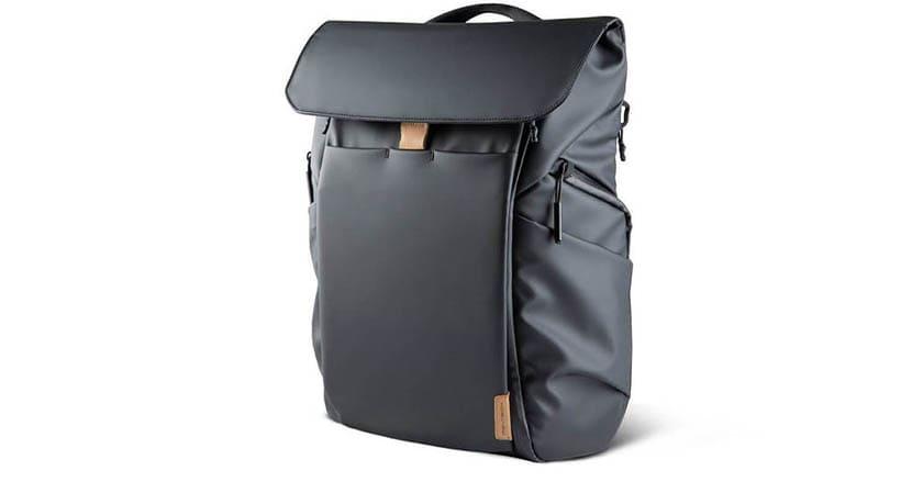 カメラ機材持ち運び用バックパックの決定版「OneGo BackPack」。この機能性、旅行や普段使いにも最高かも