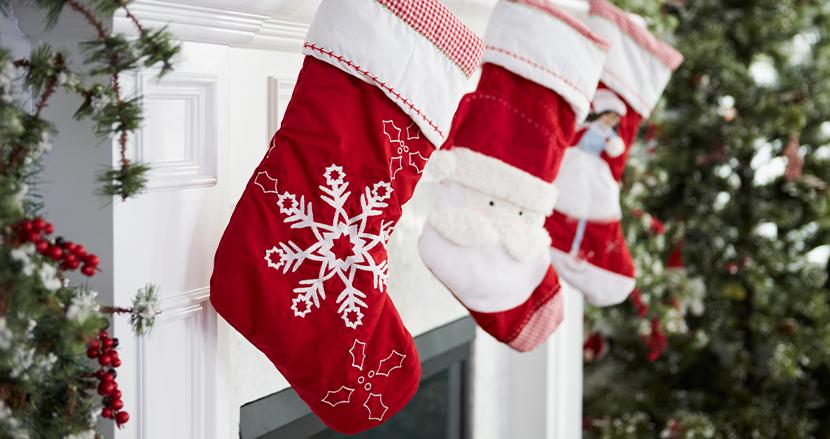 赤ちゃんをクリスマスの靴下に入れて、家族の元に届ける小児病院の伝統に、SNS上で「可愛すぎる」の声