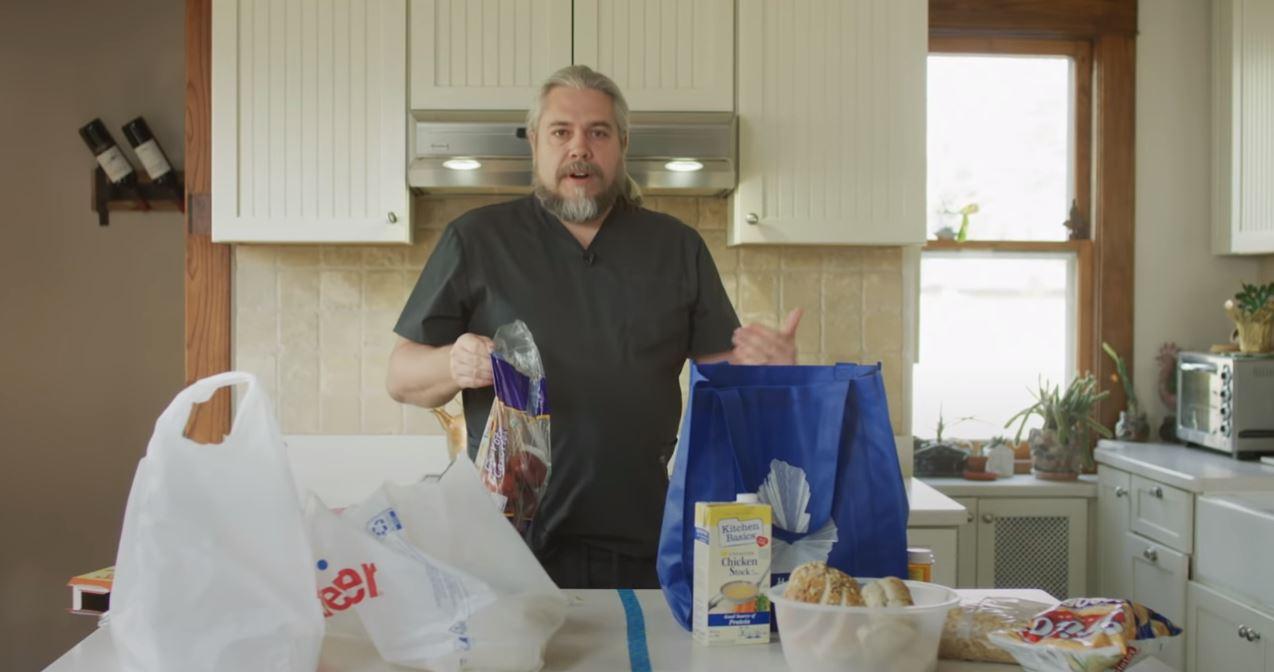 家庭の食事も感染リスク!購入した食料品を安全に食べる方法を米国人医師が紹介「3日間、外に保管して」