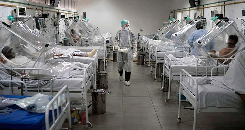コロナ否定派の患者からの口撃に疲弊する医療現場。米医師が懇願「ワクチンを接種してください」