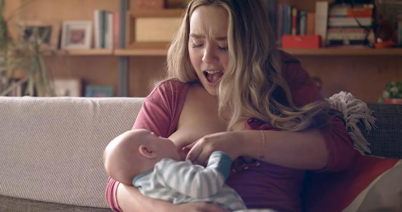 新米ママの「授乳の苦悩」を赤裸々に伝えたCMに共感の声続々。史上初の快挙で歴史に名を刻む