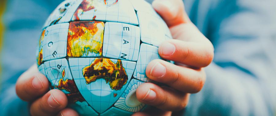 世界を変えるよりも偏愛を。【連載】浮上せよとメディアは言う〜編集長コラム(2)