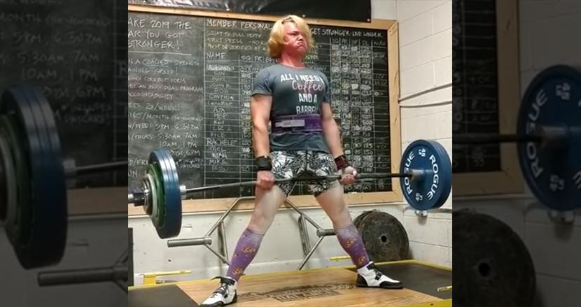 トランスジェンダーの女性パワーリフティング選手、世界タイトル剥奪。大会出場時、男性だったと判断