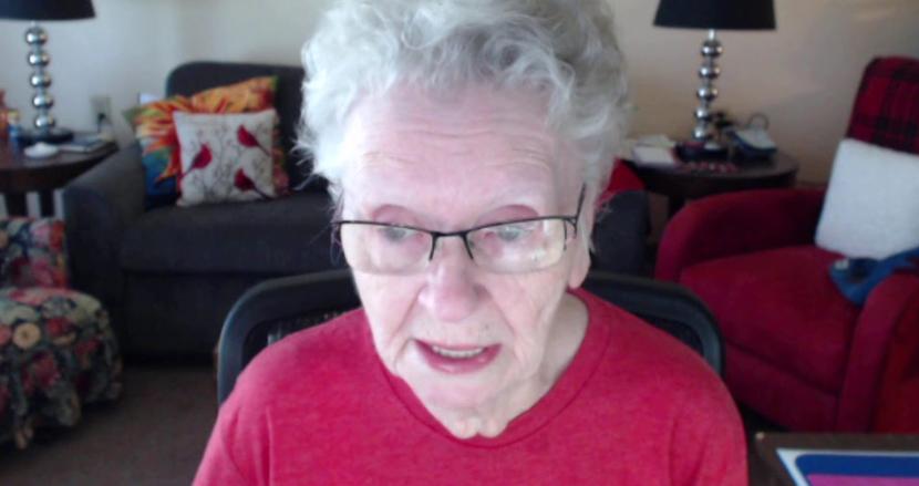 誹謗中傷を受け続けた84歳の人気ゲームYouTuber、活動休止を発表。ストレスで異常な高血圧に