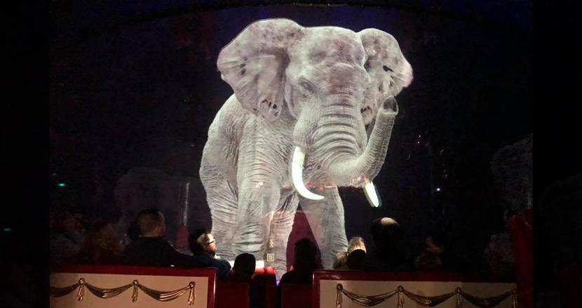 ホログラムの動物が魅惑の曲芸! ドイツのサーカスが最新技術を駆使し、本物の動物を守る