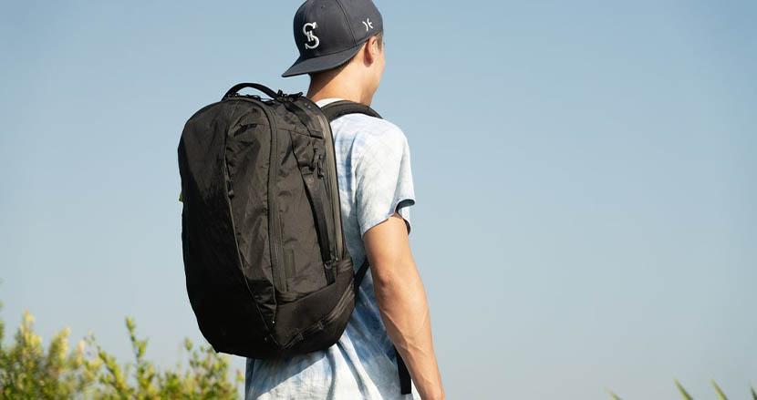 無重力バックパックでおなじみの「Able Carry」がさらに進化。オン・オフで使い分け可能な収納が超便利そう