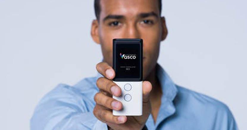 sim内蔵でWi-Fi不要なのにずっと無料で使える翻訳機「Vasco Translator M3」。世界3大デザインも受賞