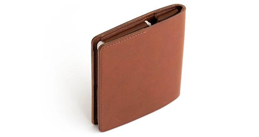 「使いやすさ」と「ミニマル」を両立した財布「HITOE® FOLD」の魅力を伝えてみようと思う