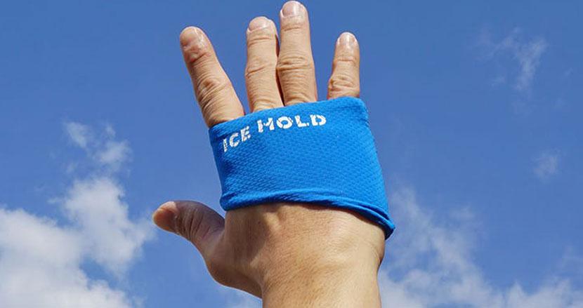 手のひらを冷やして、効率的に体温を下げよう。冷却グローブ「ICE HOLD」