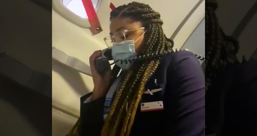 コロナ解雇の客室乗務員、最後のフライトで感動スピーチ!乗客、同僚に感謝を伝える動画に世界中が涙