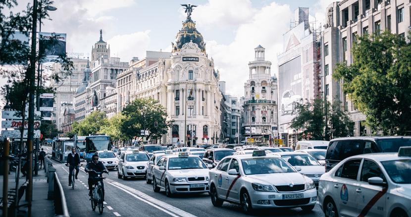 スペインの玄関口、マドリード【連載】「世界の都市をパチリ」(1)