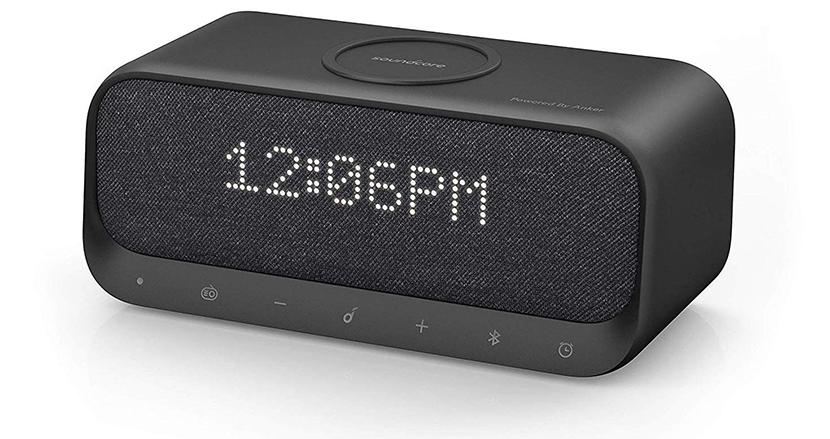 スマホのワイヤレス充電器と目覚まし時計が融合!ベッドサイドに置きたいマルチな1台「Soundcore Wakey」