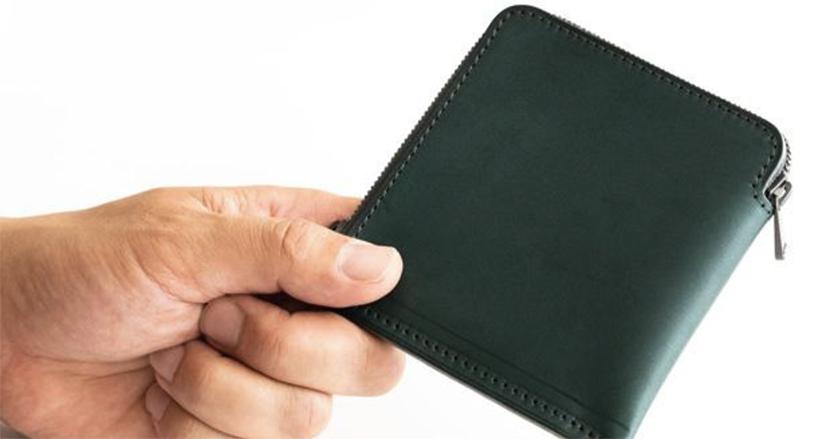 小さく薄く大容量。ズボンの後ろポケットに入る使いやすい財布「《HITOE》短財布2」