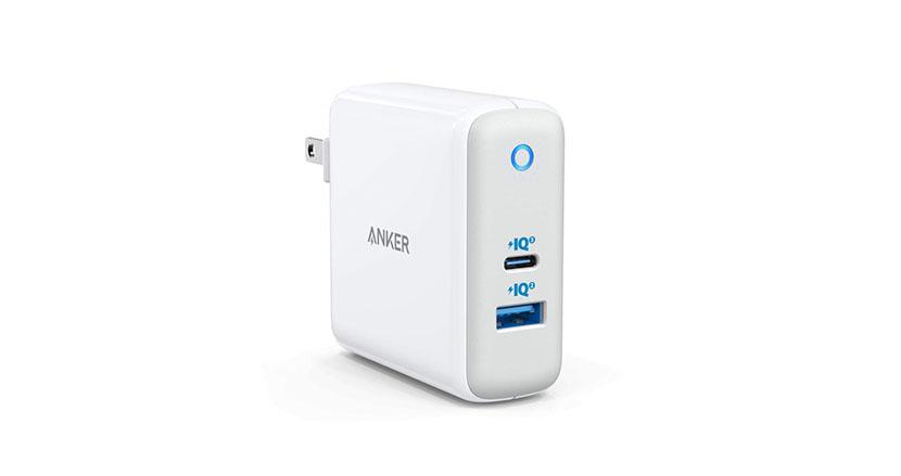 最大出力60W。コンパクトで急速充電、2台同時充電可能なUSB急速充電器「Anker PowerPort Atom III」