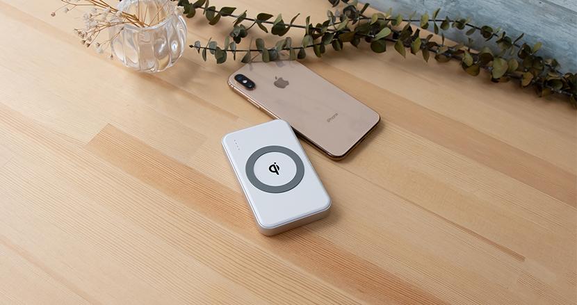 コンパクトでワイヤレス充電対応のモバイルバッテリー「cheero Energy Plus mini Wireless 4400mAh」