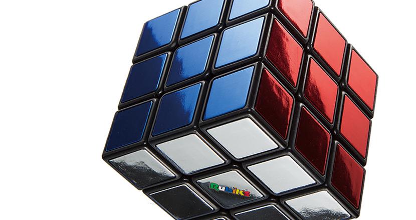 何面揃えられる?ルービックキューブ発売40周年を記念した限定モデルはメタリックカラーだ!!