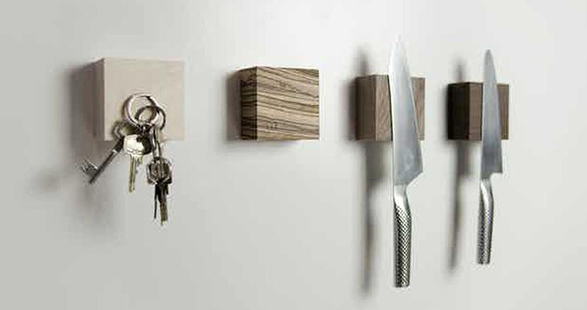 無くしがちなカギも乾かしたい包丁も「壁にくっつける」時代に!あると便利なマグネット内蔵小物ホルダー