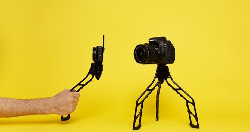ワンタッチで一脚から三脚に早変わり!撮影の幅が広がる「SwitchPod」
