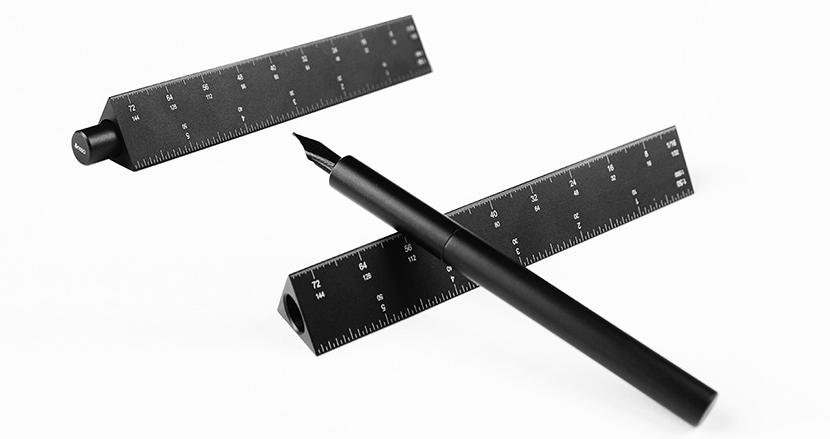 万年筆+三角スケール+宇宙レベルの耐久力=「ESCALA」