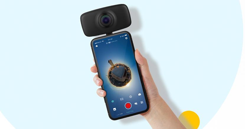 スマホを一瞬で全天球カメラにする「QooCam FUN」。編集機能や手ブレ補正もついて1万円台はお得かも