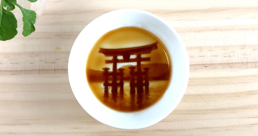 醤油を注ぐと、厳島神社の鳥居が浮かび上がる! 日本発のおしゃれな醤油皿が海外で評判に