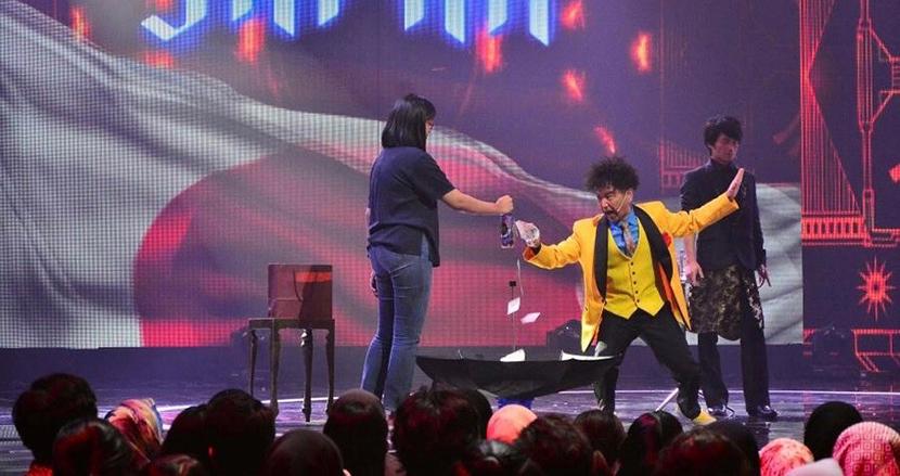 「カミソリ・パフォーマンス」が世界中で大ウケなマジシャン、TanBA氏|なにげに世界で有名な日本人