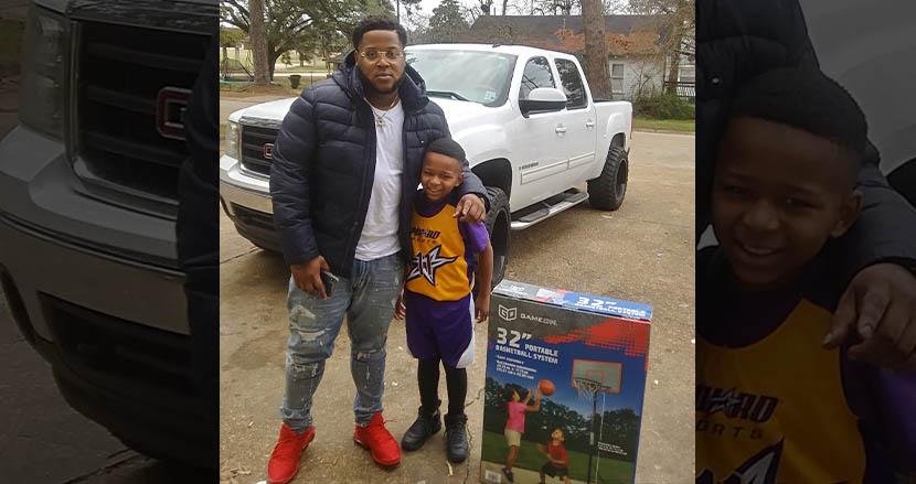 ゴミ箱でバスケをしていた少年に、見ず知らずの男性がバスケットゴールをサプライズでプレゼント