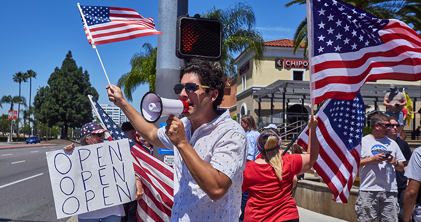 「自由を愛する勇敢なアメリカ人はマスクなんかしない」と信じるトランプ支持者が引き起こす「マスク紛争」【連載】幻想と創造の大国、アメリカ(17)
