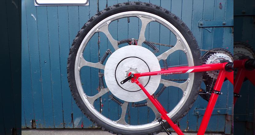 乗り手の体重が前進する力を無限アシスト!この革新的な自転車ホイールさえあれば電動自転車いらず